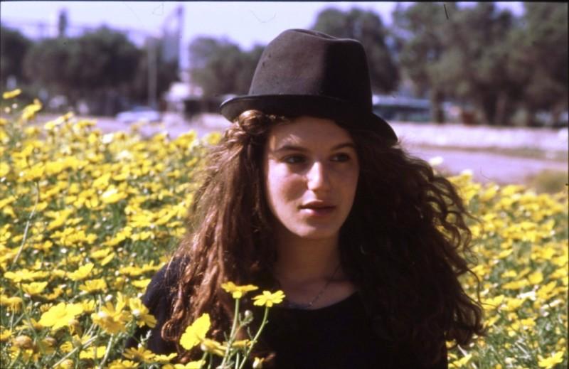 שקופית 18- 169 -ג'ש 1990-קב' אשל-סמדר שבולת