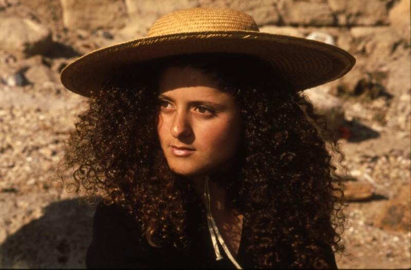 שקופית 8- 169 -ג'ש 1990-קב' אשל-לאה דבדה