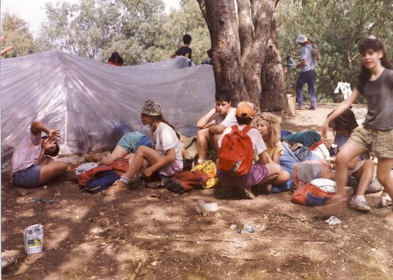 תמונה 1- 117 - קבוצת אתרוג - מחנה סיירים 1990 - תמי רוזנטל