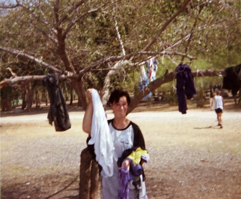 תמונה 11- 216 - ג'ש 1995-נערה מקב' ברוש-לזיהוי