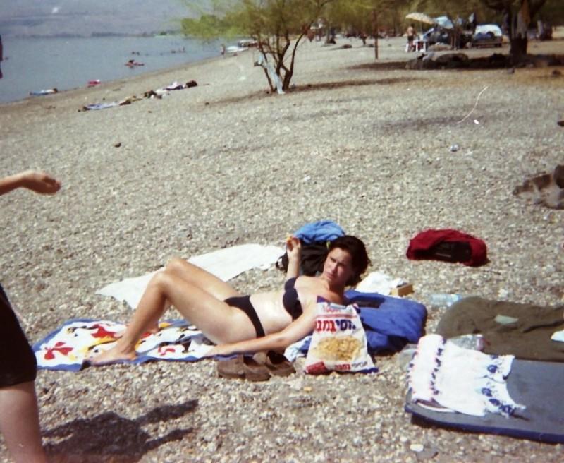 תמונה 4- 216 - ג'ש 1995-נערה מקב' ברוש-לזיהוי
