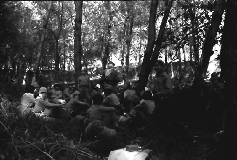 תמונה 1- 591 -ג'ש 1960-קב' גפן בטיול