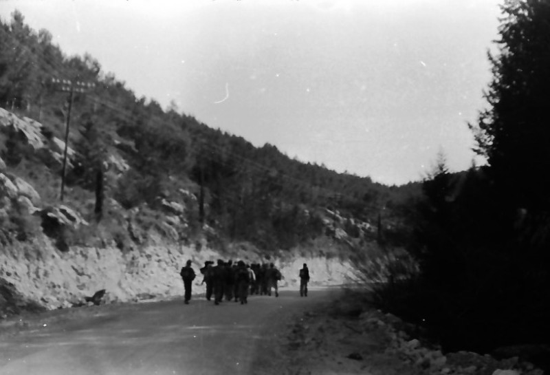 תמונה 9- 591 -ג'ש 1960-קב' גפן בטיול