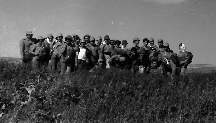 תמונה 13- 591 -ג'ש 1960-קב' גפן בטיול