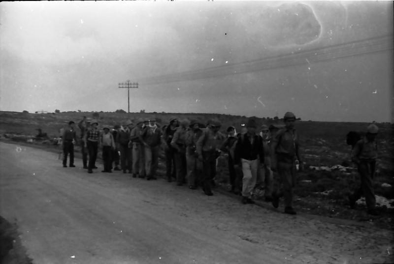 תמונה 15- 591 -ג'ש 1960-קב' גפן בטיול
