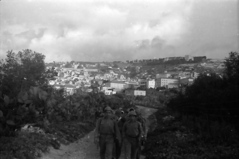 תמונה 17- 591 -ג'ש 1960-קב' גפן בטיול
