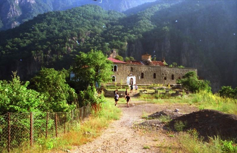 תמונה 17- 304 -גש 1991-בטיול ליוון-קב חורש