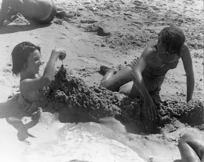 תמונה 2- 266 - קייטנה של קבוצת נשר במכמורת - רבקה דור-שחר נירה כץ