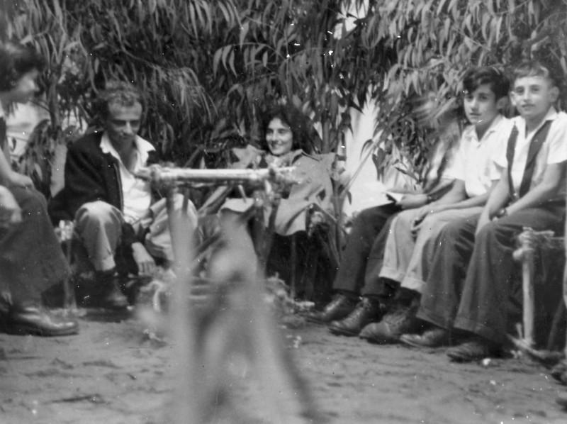 תמונה 7- 140 - קבוצת נשר עם בצלאל ויעל לב - דוד שני ואלי שילוני