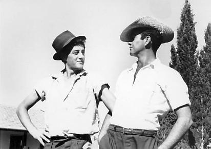 תמונה 10- 36 - עמוס גורן ונתן בלאנש - קבוצת נשר שנות ה-50