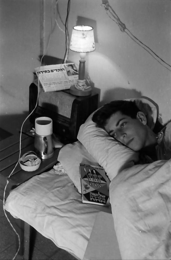 תמונה 14- 640 -ג'ש 1957-קבוצת נשר-שאול קנז
