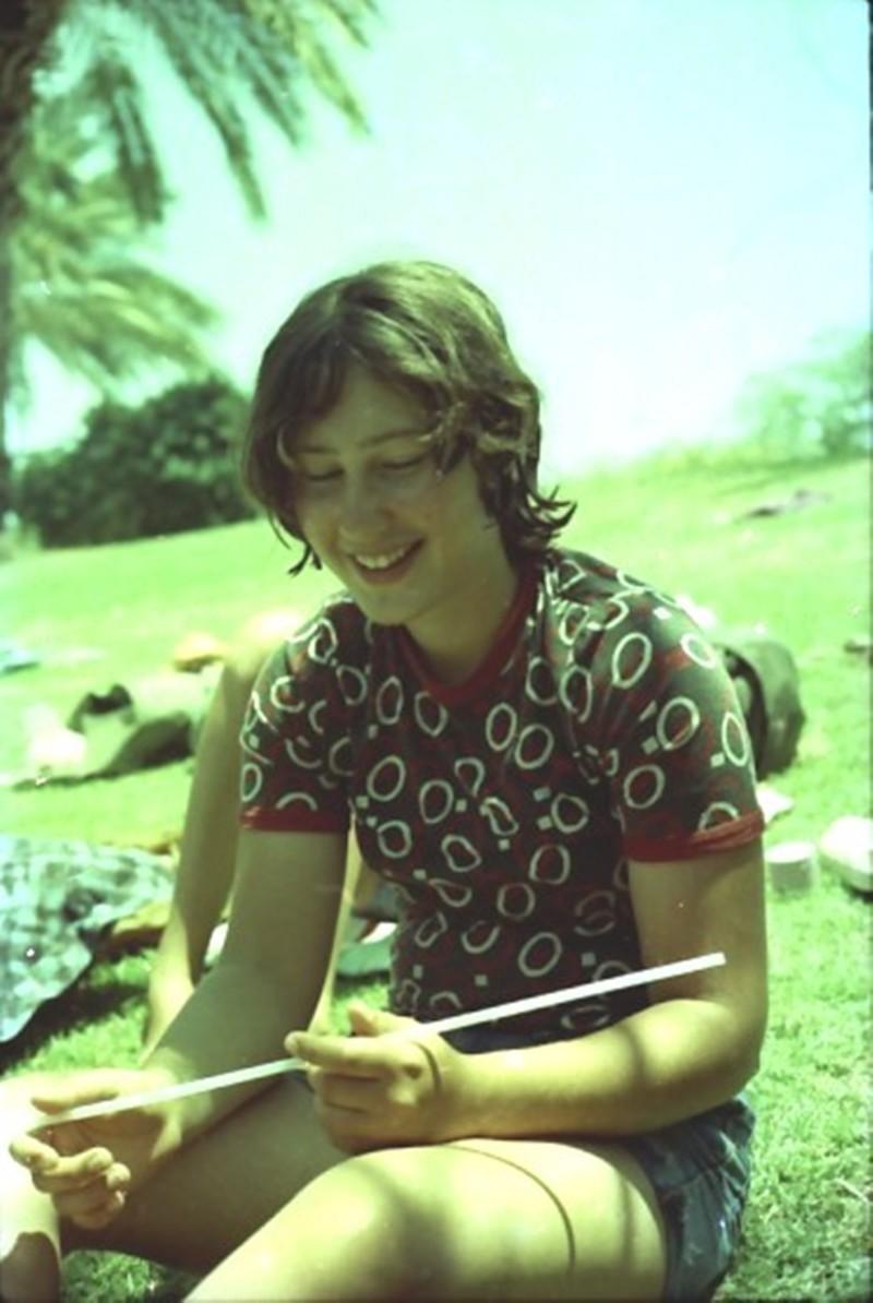 תמונה 14- 173 - קב' מעין י'ב 1981 - אילה יסעור