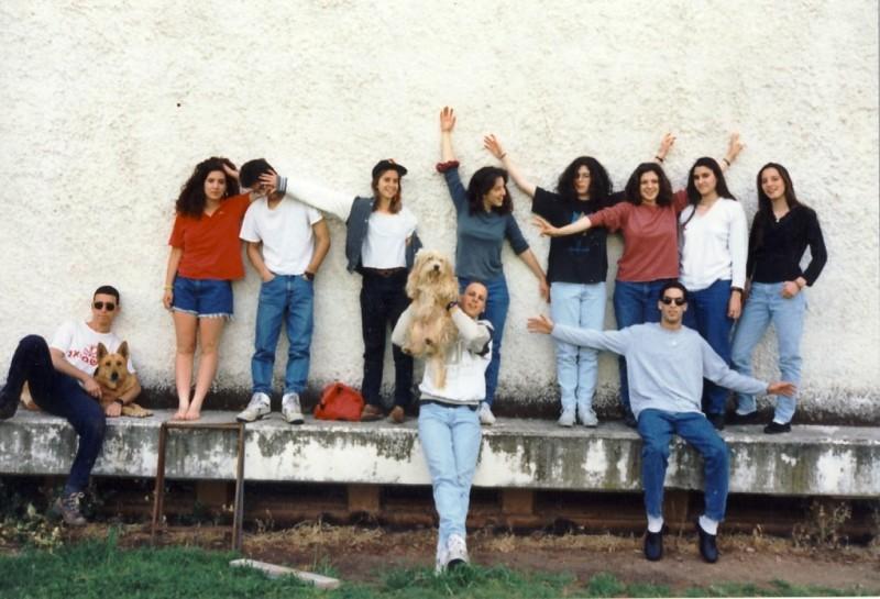 תמונה 16- 72 - נערי קבוצת סביון 1992 - מאיה כהן שבולת סיון רונןן סלע שביט גל