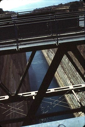 שקופית 11- 36 -קב' סהר-טיול ליון 1985