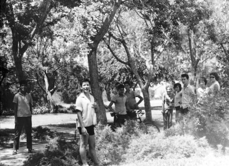תמונה 14- 122 - קבוצת רקפת - אהרלה רוני לב על קין בני עמיר