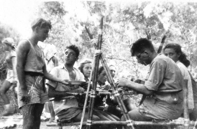 שקופית 8- 201 -ג'ש 1950-3-קב' יסעור מחנה תנועה-סמק ערמון רומק רותם