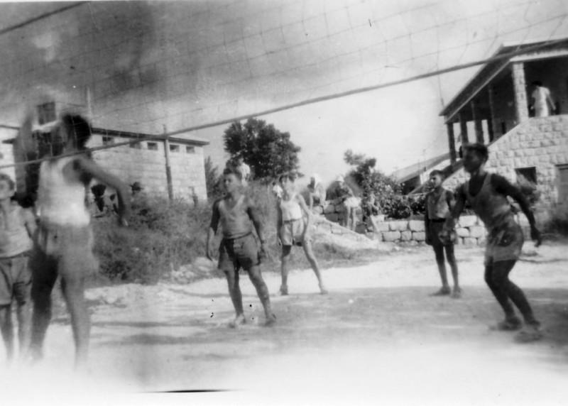 תמונה 2- 118 - נבחרת יסעור בכדורעף סגנית אלופת נוער 1950 - רומק רותם דז'ובק רוטברד יוסקה תירוש אב