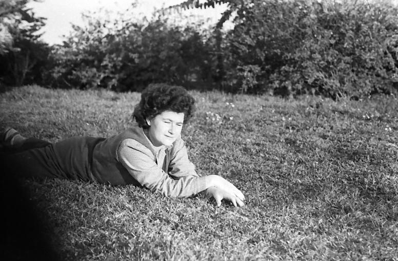 תמונה 14- 444 -גן-שמואל 1953-7-צלינה סאלד-קב' יסעור