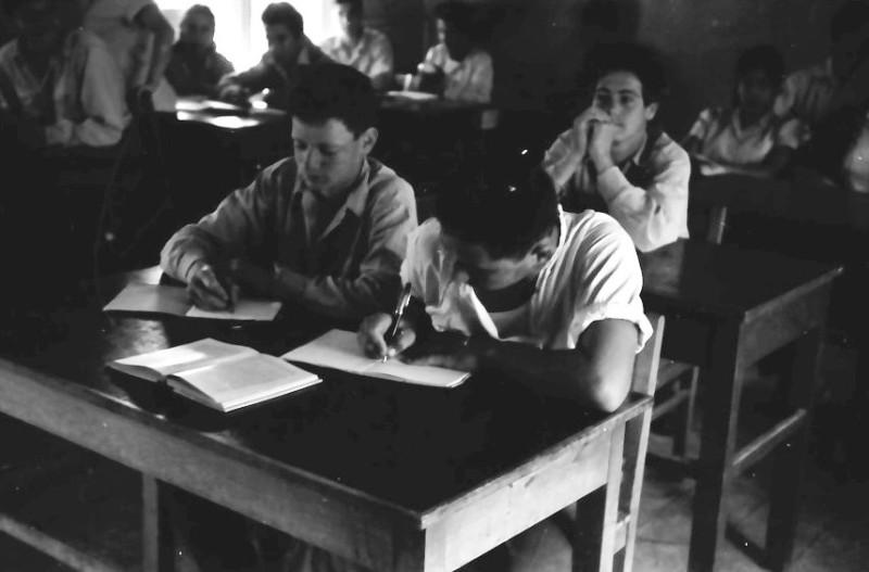 תמונה 3- 646 - ג'ש 1957-קב' ארז בכיתה