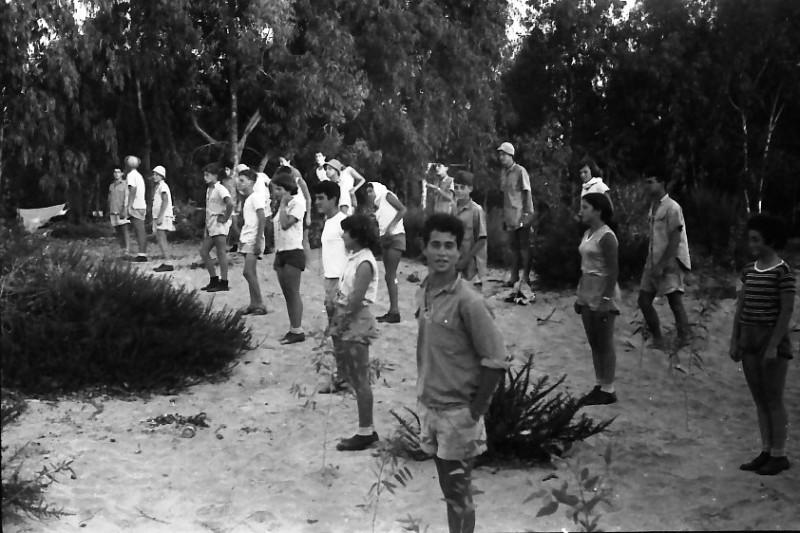 תמונה 8- 611 -ג'ש 1955-קב' ארז במחנה צופי-איציק הדר