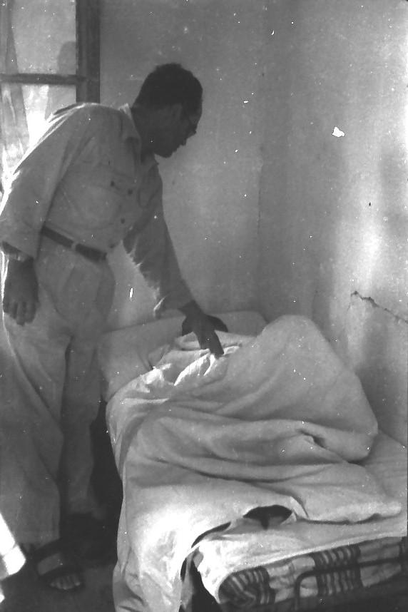 תמונה 32- 611 -ג'ש 1955-השכמת בקר-יהודה ניר-המורה