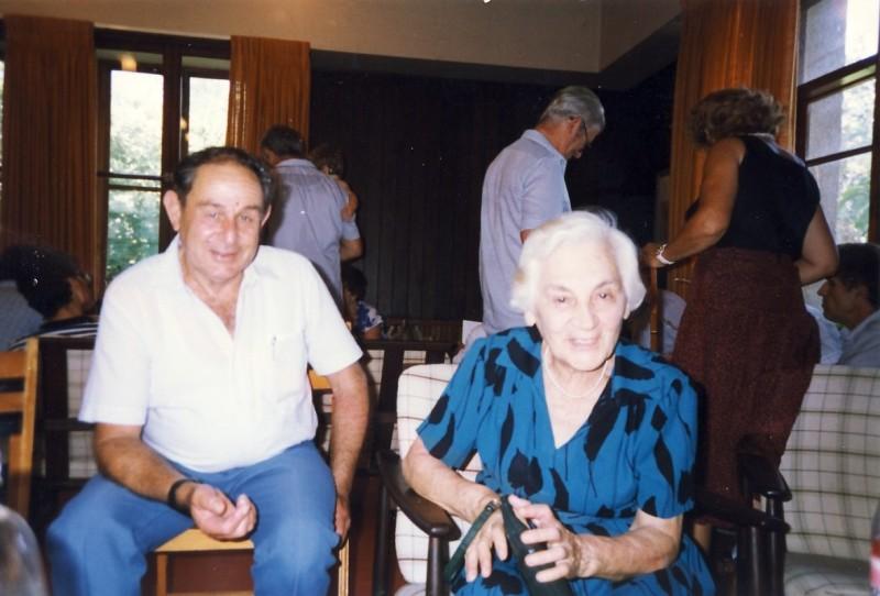 תמונה 1- 146 - בכנס קבוצת ניצנים בגן-שמואל 1989 - שרה שפירא ובצלאל (יבה) יבנין