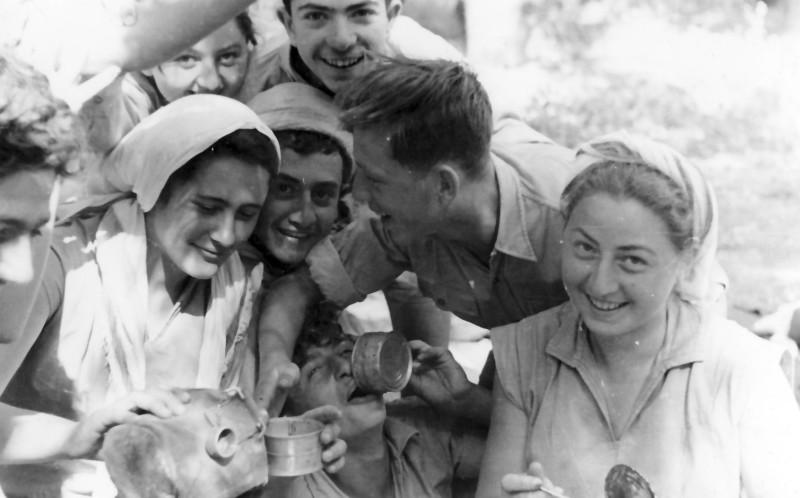 תמונה 8- 336 - קבוצת שלהבת בטיול שנות ה-50