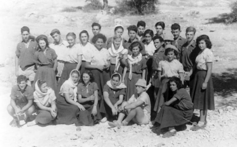 תמונה 13- 336 - קבוצת שלהבת בטיול שנות ה-50