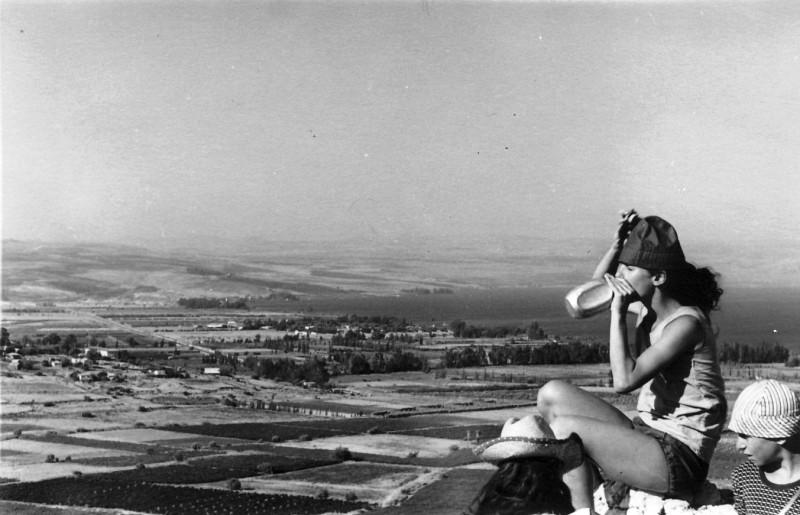 תמונה 8- 34 - טיול קבוצת רימון שנות ה-60 - חדוה בראון