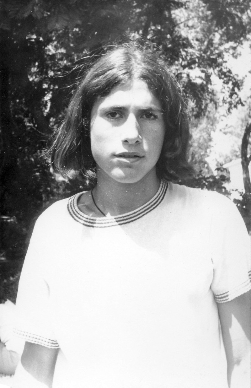 תמונה 28- 411 - גן-שמואל-קב' הדס 1972 - מריו טולקציר
