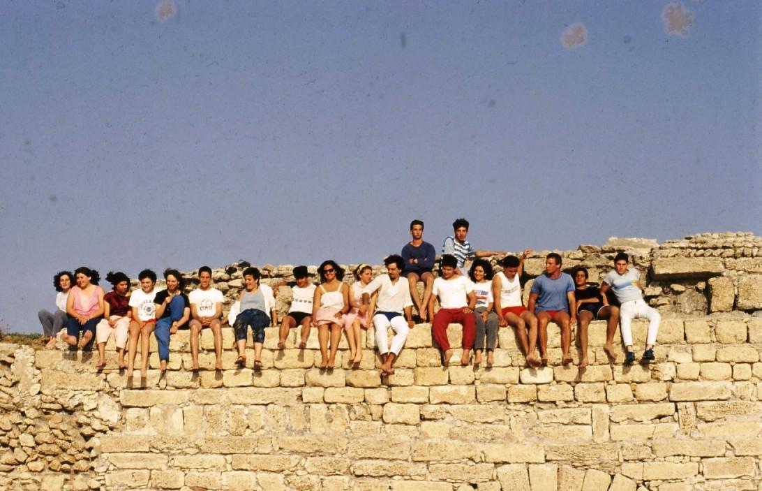 שקופית 65- 231 -ג'ש 1986-קב' רותם-בקיסריה העתיקה
