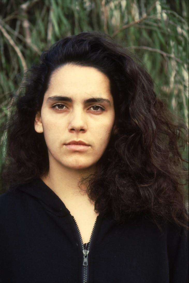 שקופית 3- 236 -ג'ש 1990-קב' מורן-נערה-לזיהוי