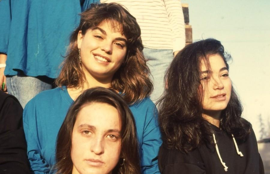 שקופית 4- 236 -ג'ש 1990-קב' מורן-נערות-לזיהוי