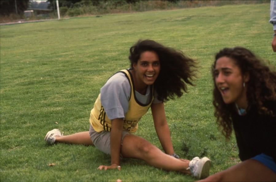 שקופית 6- 236 -ג'ש 1990-קב' מורן-נערות-לזיהוי