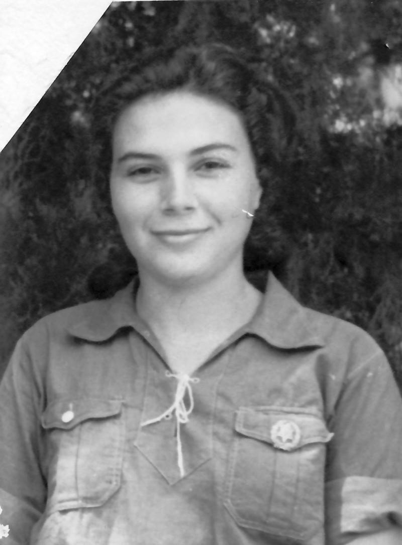תמונה 10- 914 -גש 1953-קב שבלים-מרים פרנק