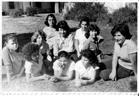 דליה, לאקה, אסתי, מיכל, יהודית,חנה, ניבה, לאה, חדוה, שושנה 1961 1213x838