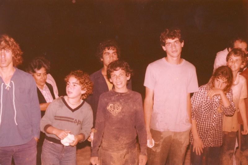 תמונה 6- 89 - 1983 - אורי מרון טלי גורדין ניצן בנדק מאיה אדר נורית בנדק