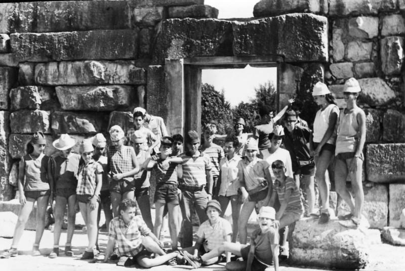 תמונה 22- 124 - קבוצת אורן בטיול - צביקה רוזנצוויג המדריך