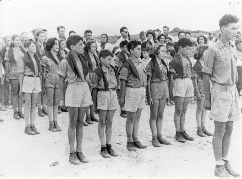 תמונה 11- 40 -ג'ש 1950-קבוצת אילה-כניסה לתנועה-פרטים בסכום