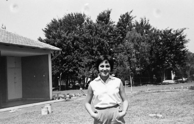 תמונה 12- 793 -ג'ש 1958-אורה הדר במוסד