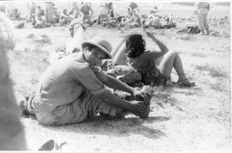 תמונה 7- 408 - קבוצת עופר - טיול למצדה 1954 - יגאל עופר