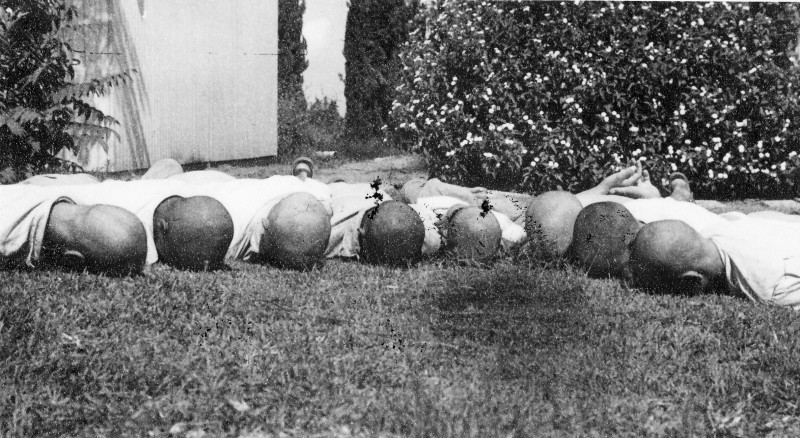 תמונה 19- 121 - הקרחות של בני עופר 1949