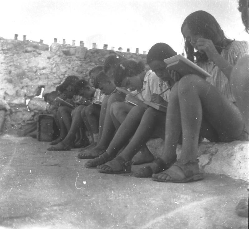 תמונה 53- 411 - ילדי קבוצת עופר בקייטנה בטנטורה 1947-8