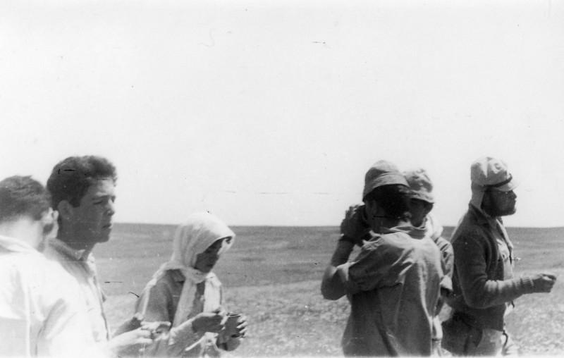 תמונה 3- 408 - קבוצת עופר - טיול למצדה 1954 - דודיק פרלמוטר חיים שרון