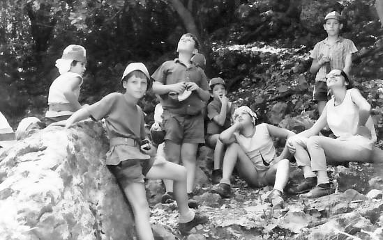 תמונה 17- 347 - קבוצת שקד בטיול  - עמיר כרמל רחל רוט יבין ריינר רונן ליזון יובל בן-עוזר יונת עופר