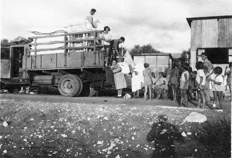 תמונה 17- 236 - קבוצת עופר יוצאים לנופש במצפה הים - אזור אביחיל של היום - עופר שנות ה-40