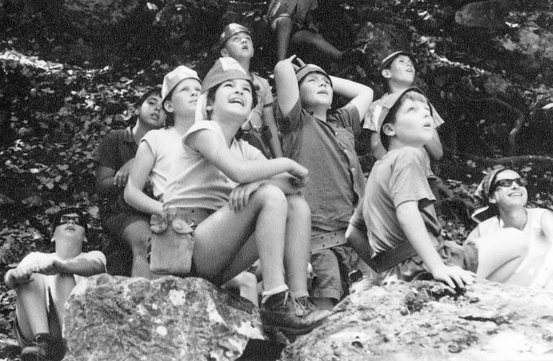 תמונה 17- 232 - קבוצת שקד עם עלה ערמון בטיול - רונן ליזון יונת עופר יואל רודובסקי-שאר שמות-בסיכום