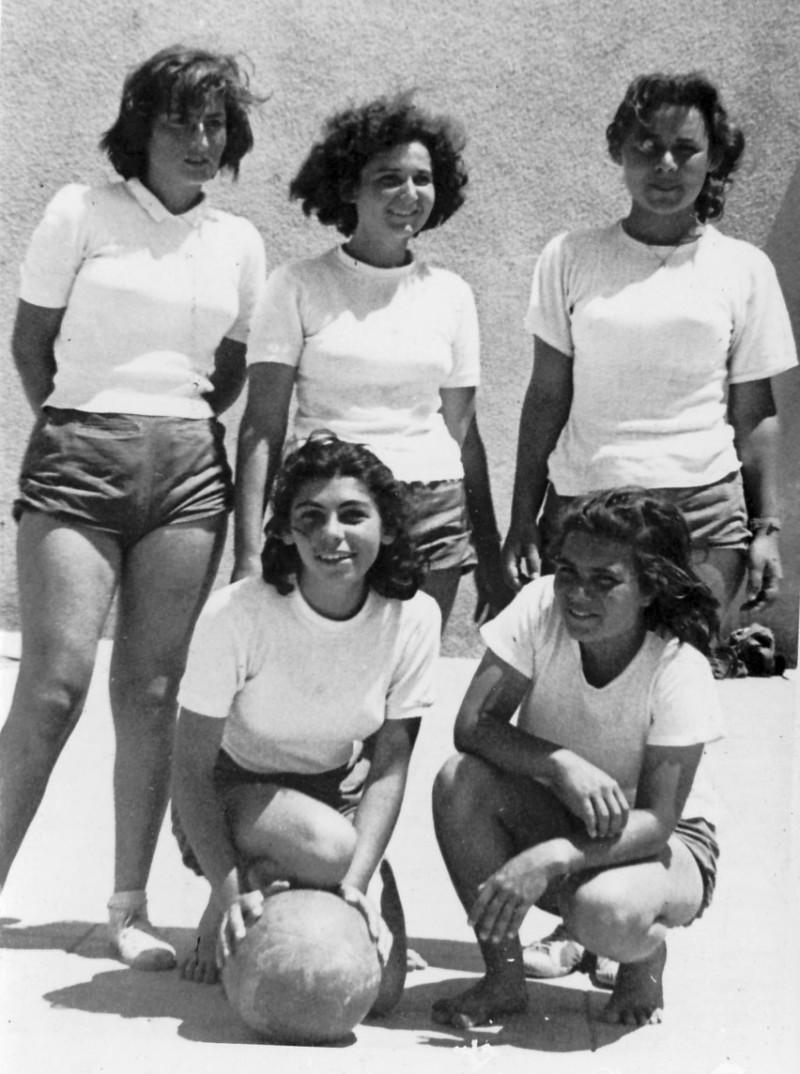 תמונה 5- 122 - בנות שבלים כדורסל - סטפה אסתר פרדזה מיכל ז. כהנה