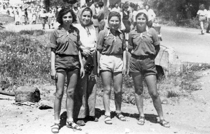 תמונה 10- 126 - קבוצת שבלים - אורה קנז בשקהגולן אתיה הניג כוהנה