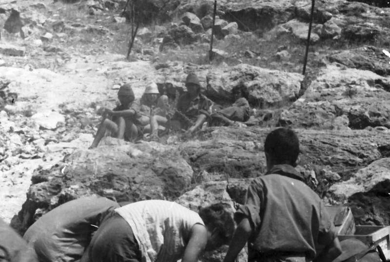 תמונה 16- 348 - קבוצת נרקיס 1963 מחנה בבית אורן